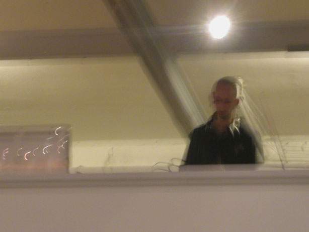 Didier Mustafly à  l'expo d'Alexone